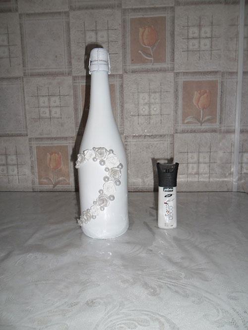 Рисунок на свадебной бутылке