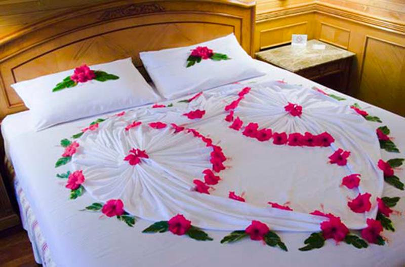 украшение кровати для первой брачной ночи