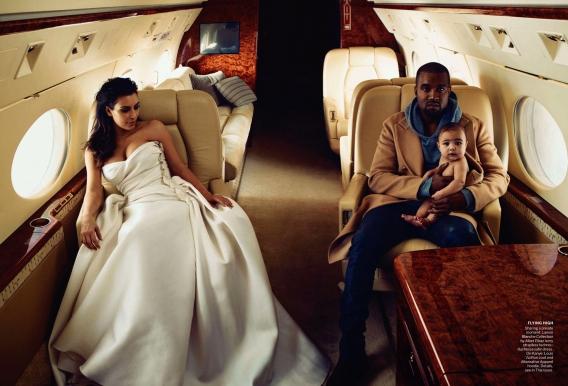 Свадебный полет на самолете всей семьей Ким кардашьян