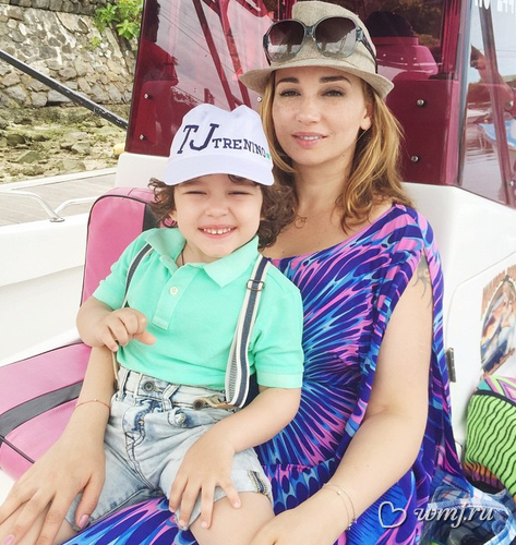 Анфиса Чехова и её сын на отдыхе Мальдивы